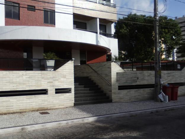 Apartamento residencial à venda, Manaíra, João Pessoa - AP2245.
