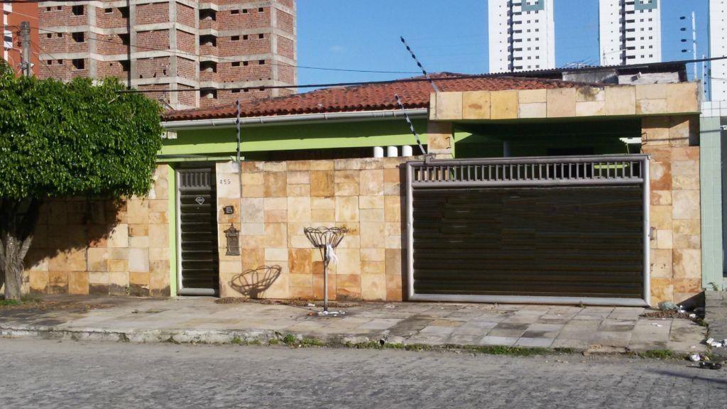 Casa residencial à venda, Bessa, João Pessoa. de Invista Imóveis.'