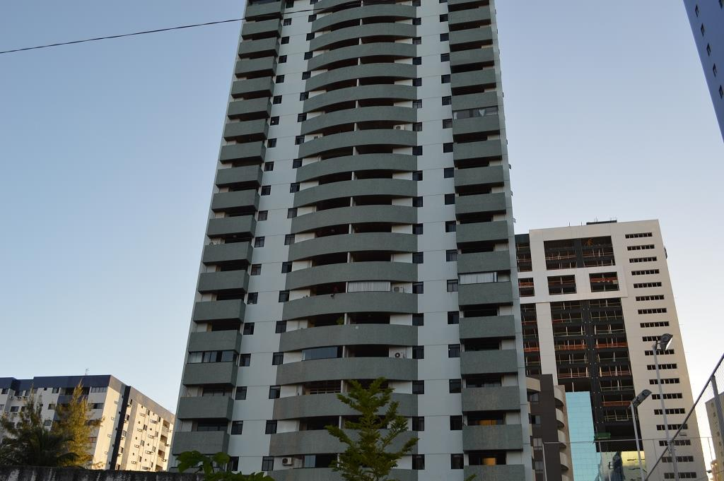 Apartamento residencial à venda, Miramar, João Pessoa - AP2233.