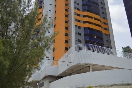 Apartamento residencial à venda, Miramar, João Pessoa - AP3097.
