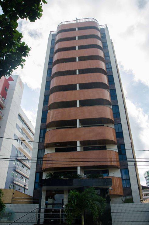 Apartamento residencial à venda, Manaíra, João Pessoa - AP25