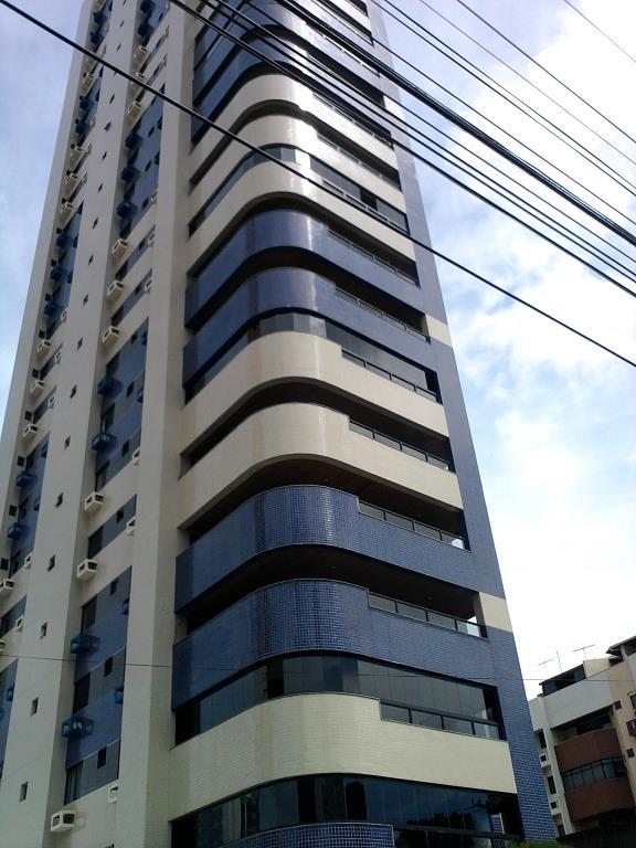Apartamento residencial à venda, Manaíra, João Pessoa - AP2170.