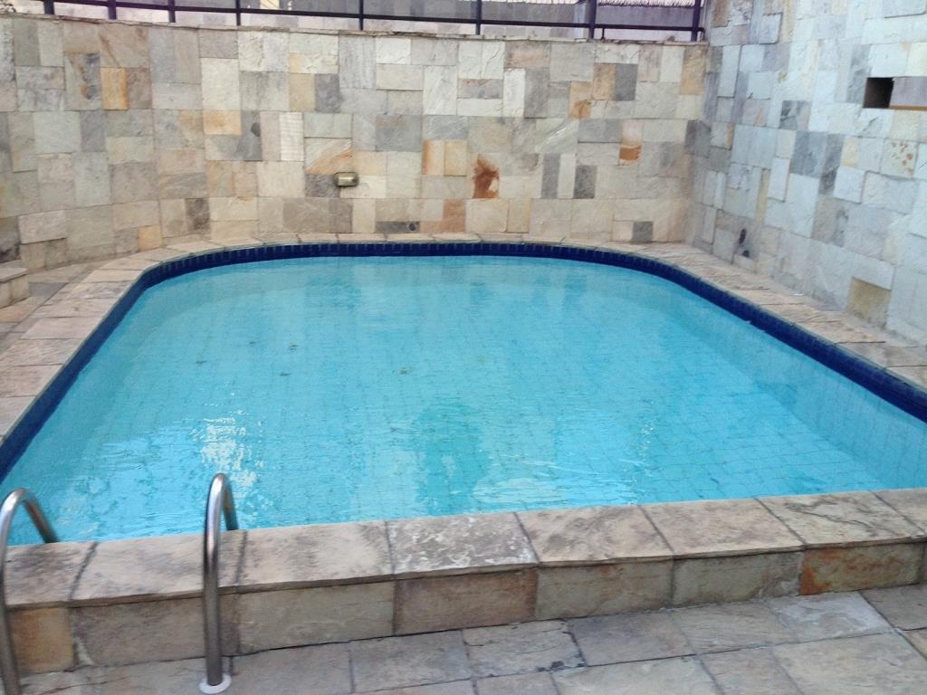 Apartamento residencial à venda, Manaíra, João Pessoa - AP2304.