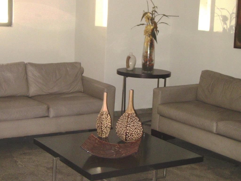 Apartamento residencial à venda, Manaíra, João Pessoa - AP2892.
