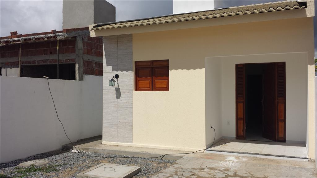 Casa residencial à venda, Popular, Santa Rita. de Invista Imóveis.'