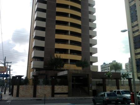 Apartamento residencial à venda, Manaíra, João Pessoa - TE0071.