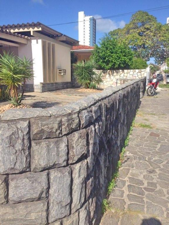 Casa residencial para locação, Bairro dos Estados, João Pessoa - CA1170.