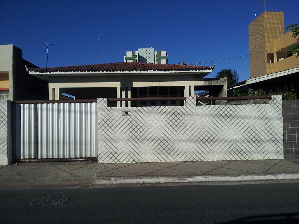 Casa residencial à venda, Bairro dos Estados, João Pessoa - CA0656.