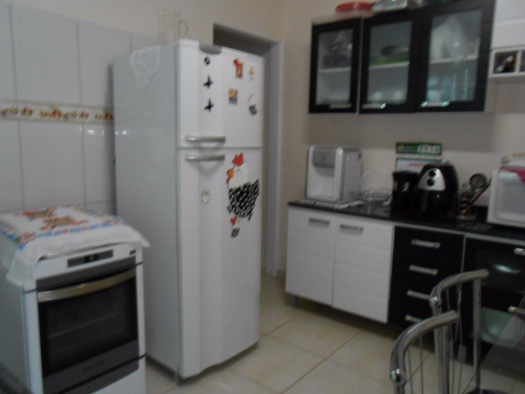 Casa de 2 dormitórios em Jardim Das Indústrias, São José Dos Campos - SP