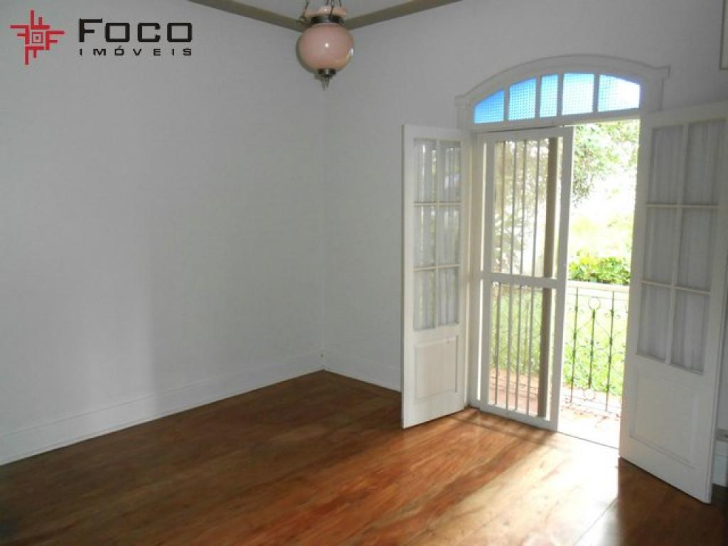 Casa de 5 dormitórios em Jardim Esplanada, São José Dos Campos - SP