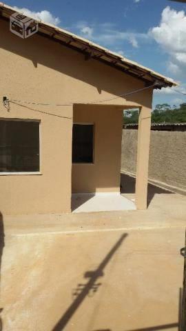 Casa geminada em Esmeraldas
