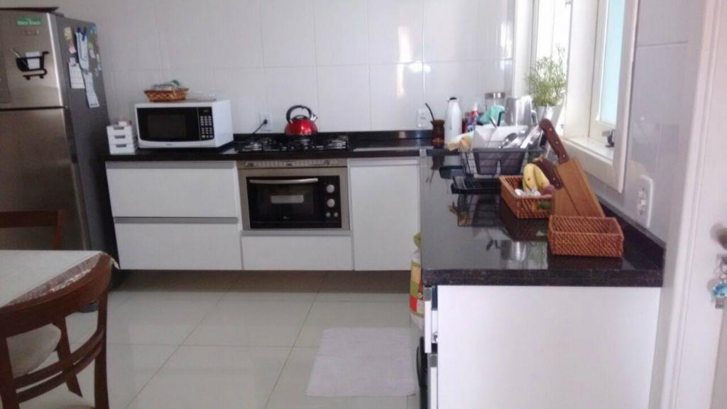 Sobrado de 3 dormitórios em Jardim Itu Sabará, Porto Alegre - RS