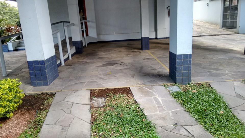 Cobertura de 3 dormitórios em Jardim Itu Sabará, Porto Alegre - RS