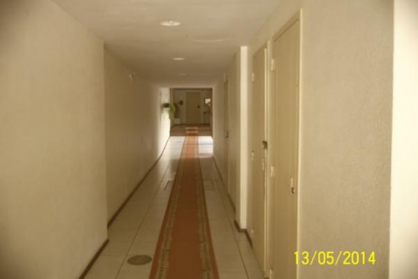 Kitnet de 1 dormitório em Centro, Porto Alegre - RS