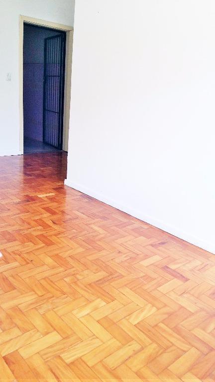 Kitnet de 1 dormitório em Cristo Redentor, Porto Alegre - RS