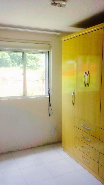 Apartamento de 2 dormitórios em Rubem Berta, Porto Alegre - RS