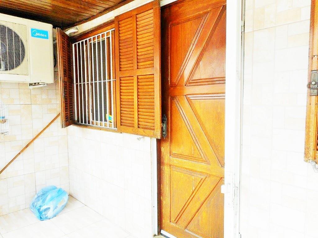 Casa de 2 dormitórios em Passo Das Pedras, Porto Alegre - RS