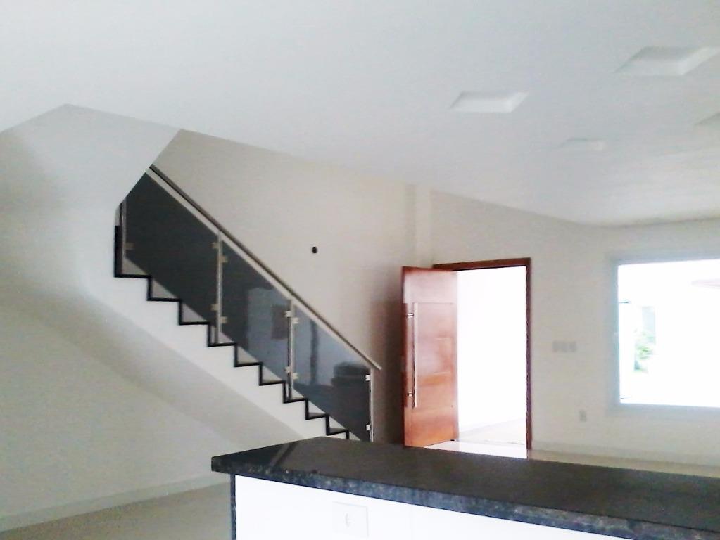 Casa de 3 dormitórios à venda em Rubem Berta, Porto Alegre - RS