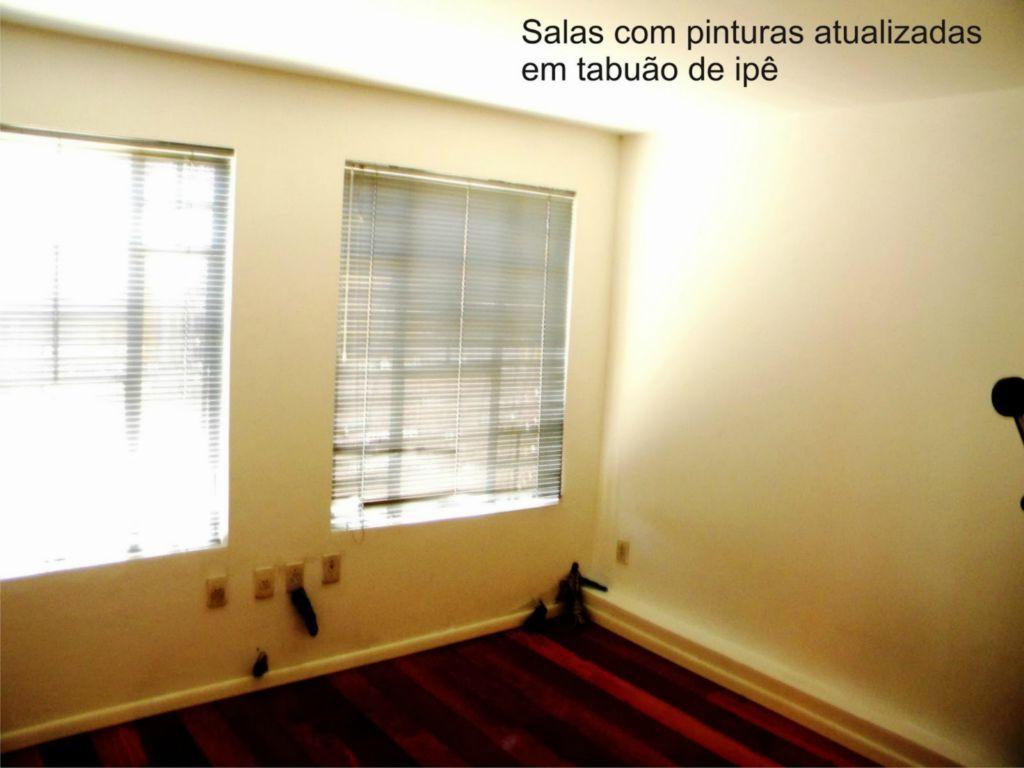 Casa de 3 dormitórios em Partenon, Porto Alegre - RS