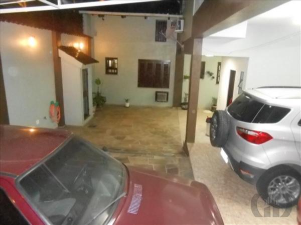 Casa de 3 dormitórios em Cristo Redentor, Porto Alegre - RS