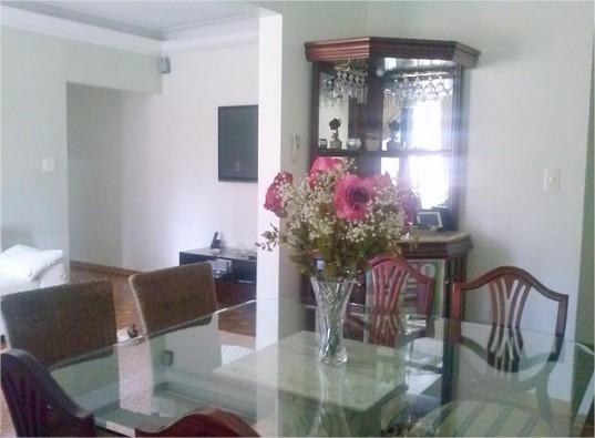 Apartamento na VILA RICA, de FRENTE, próximo a Azevedo Sodré...