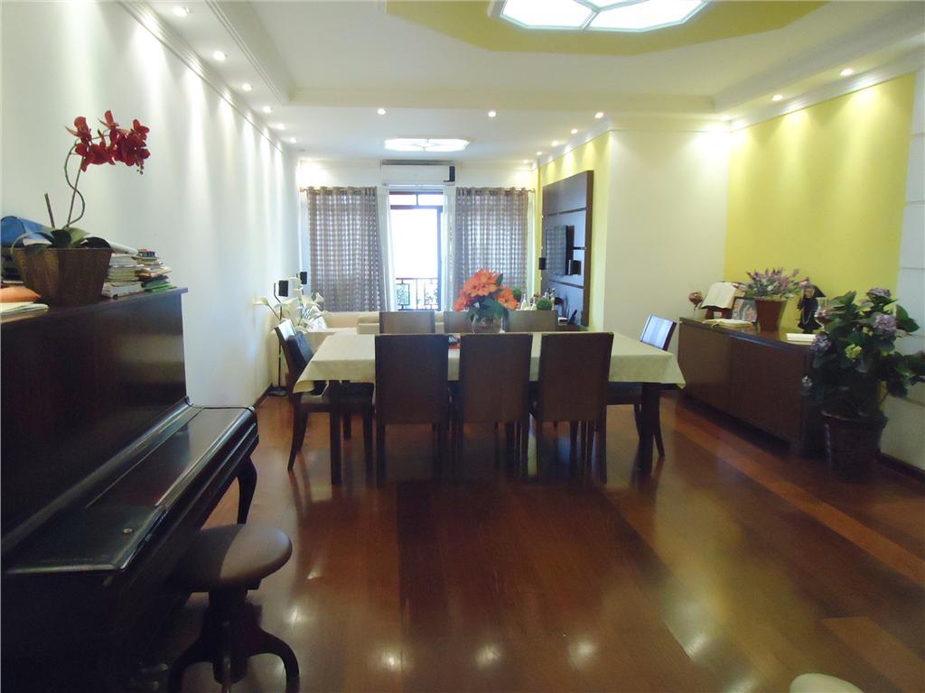 Amplo apto 4 dormitorios (2 suites), 2 garagens - Ponta da P...
