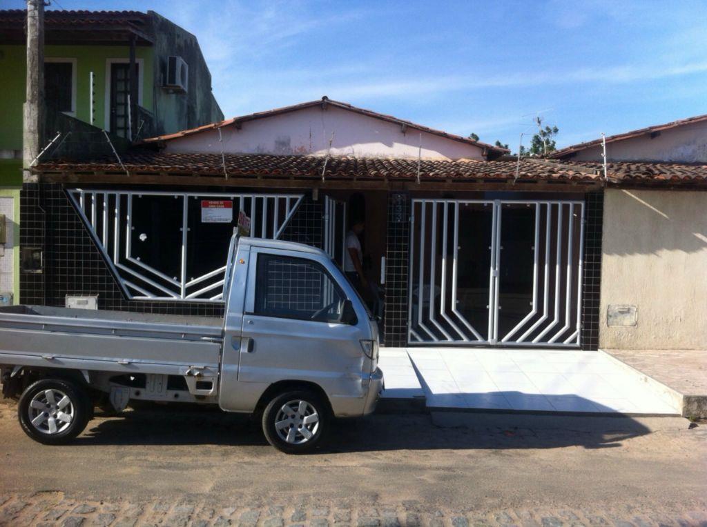 Casa c/ espaço comercial - Venda - Feira de Santana / BA de Buscar Assessoria Imobiliária.'
