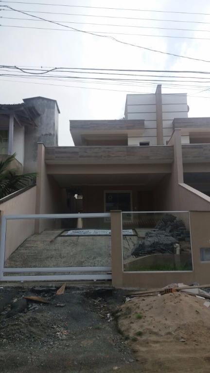 Sobrado residencial à venda, Santa Catarina, Joinville. de Bello Negócios Imobiliários.'