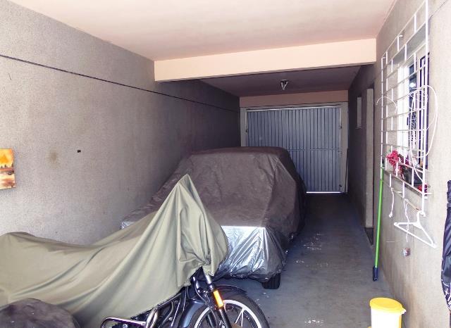Casa de 4 dormitórios em Bacacheri, Curitiba - PR