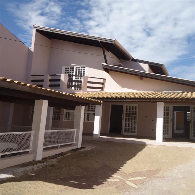 Carpe Diem Imóveis - Casa 3 Dorm, Jardim Paiquerê