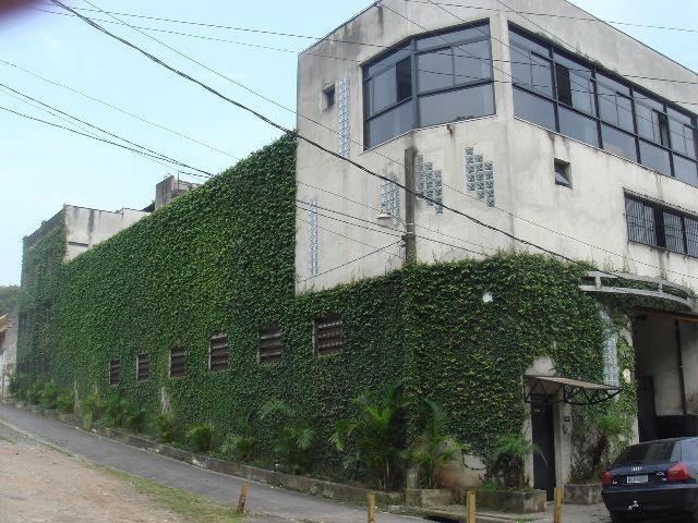 Barracão para Venda/Locação - Jardim Andrea Demarchi