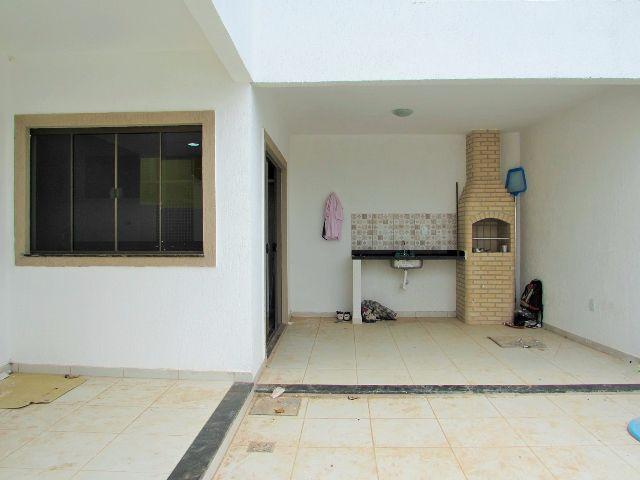 Casa residencial à venda, Vale das Palmeiras, Macaé.