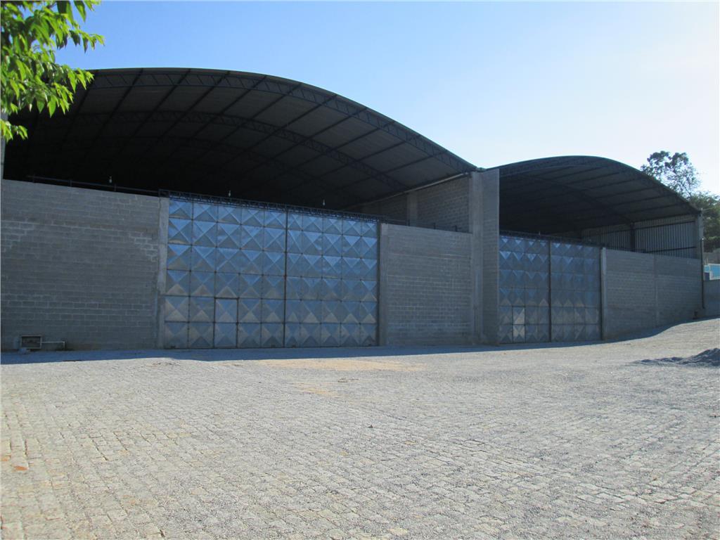 Galpão comercial para locação, Granja dos Cavaleiros, Macaé.