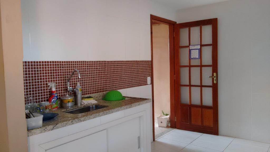 Casa  residencial à venda, Nova Cidade, Macaé.