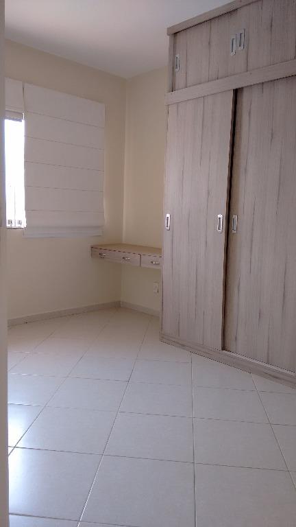 Casa  residencial para locação, Glória, Macaé.