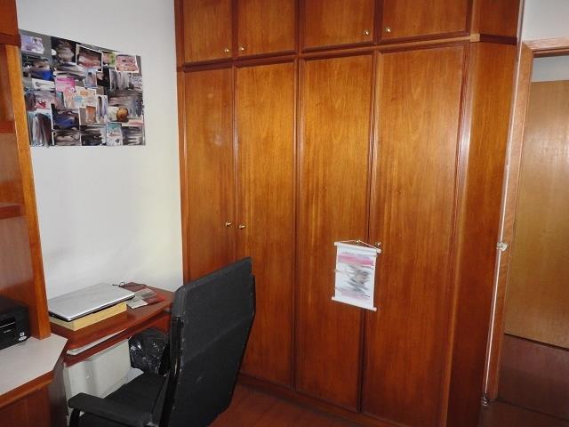 Apartamento de 3 dormitórios à venda em Vila Parque Jabaquara, São Paulo - SP