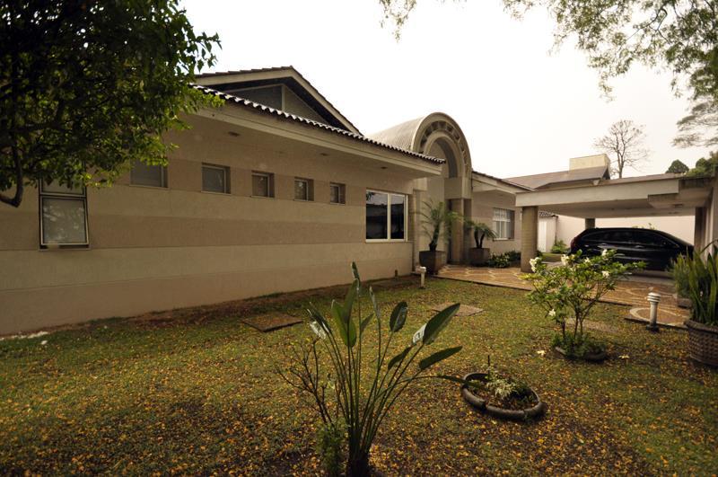 Casa de 4 dormitórios à venda em Chácara Flora, São Paulo - SP