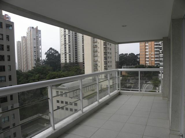 Total Imóveis - Apto 4 Dorm, Panamby, São Paulo