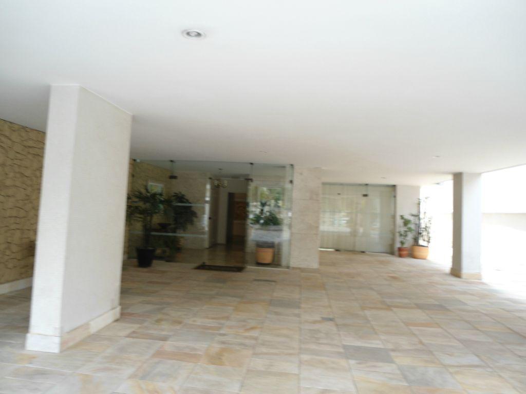 Condomínio Edifício Las Aspezia