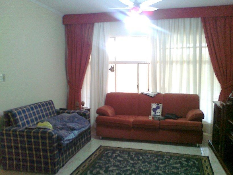 Total Imóveis - Casa 3 Dorm, Jardim Aeroporto