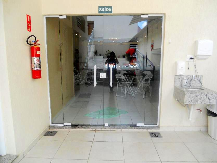 Prédio comercial para venda e locação, Vila São João Batista...