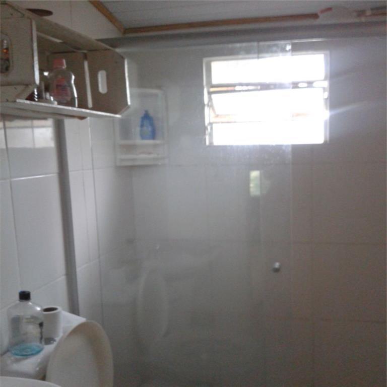 Ótima casa térrea no bairro Igara III com 2 dormitórios. A casa é composta por sala, cozinha, banheiro, vaga para 2 carros e mais 1 anexo.