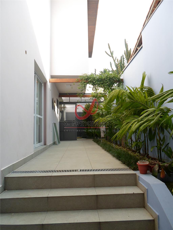 Casa Padrão à venda/aluguel, Jardim Petrópolis, São Paulo