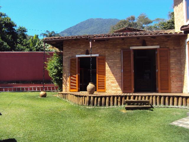 Casa de 3 dormitórios em Bexiga, Ilhabela - SP