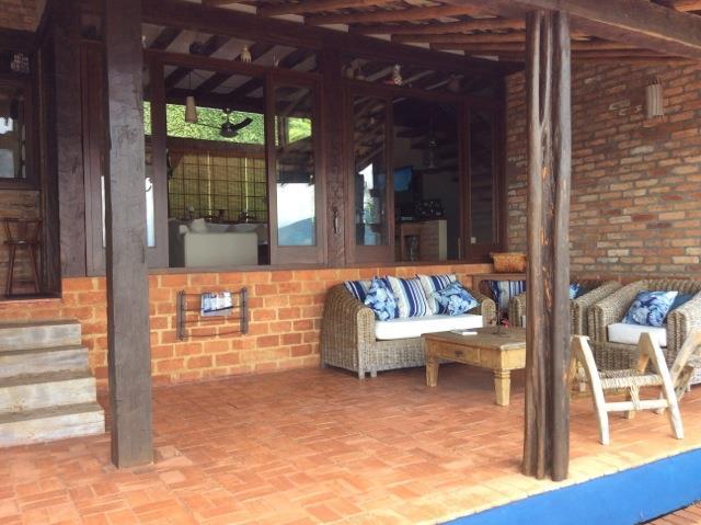 Casa de 3 dormitórios em Ponta Das Canas, Ilhabela - SP
