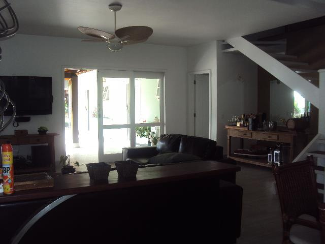Casa de 5 dormitórios em Barra Velha, Ilhabela - SP
