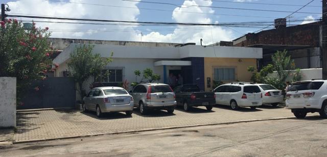 Casa residencial para venda e locação, Prado, Recife.