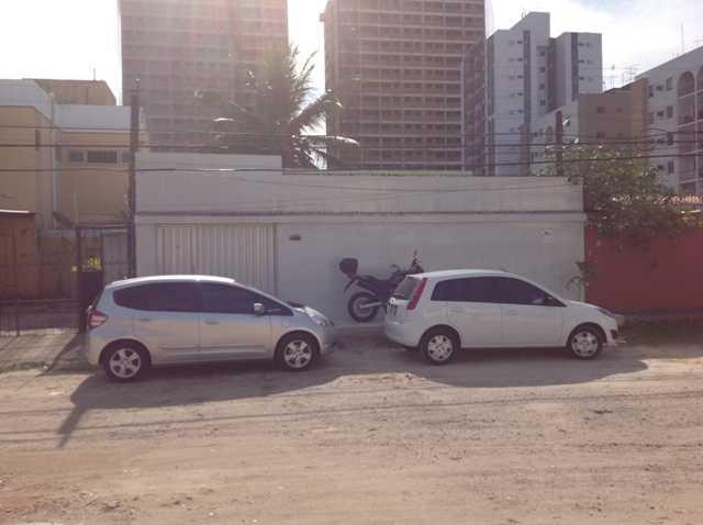Casa residencial à venda, Campo Grande, Recife - CA0086.