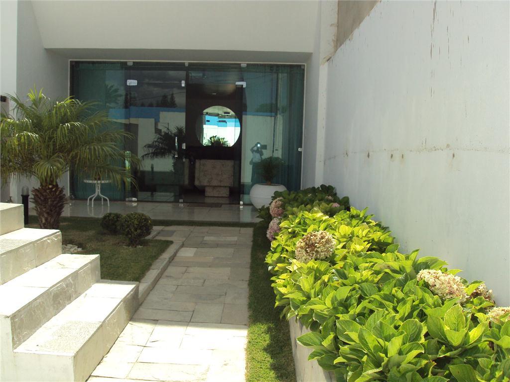 Casa residencial à venda, São José, Garanhuns.