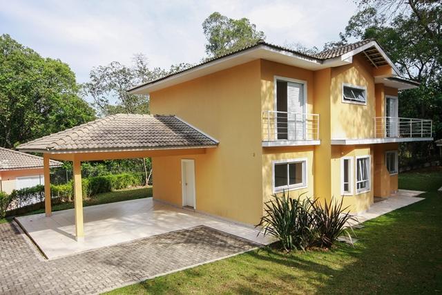 Casa a venda e locação, Granja Viana, Cotia. 4 dorm. 2 suite
